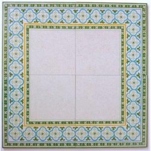 שטיח המורכב מ4 אריחים בדגם ערבה גווני ירוקים-אפרפרים